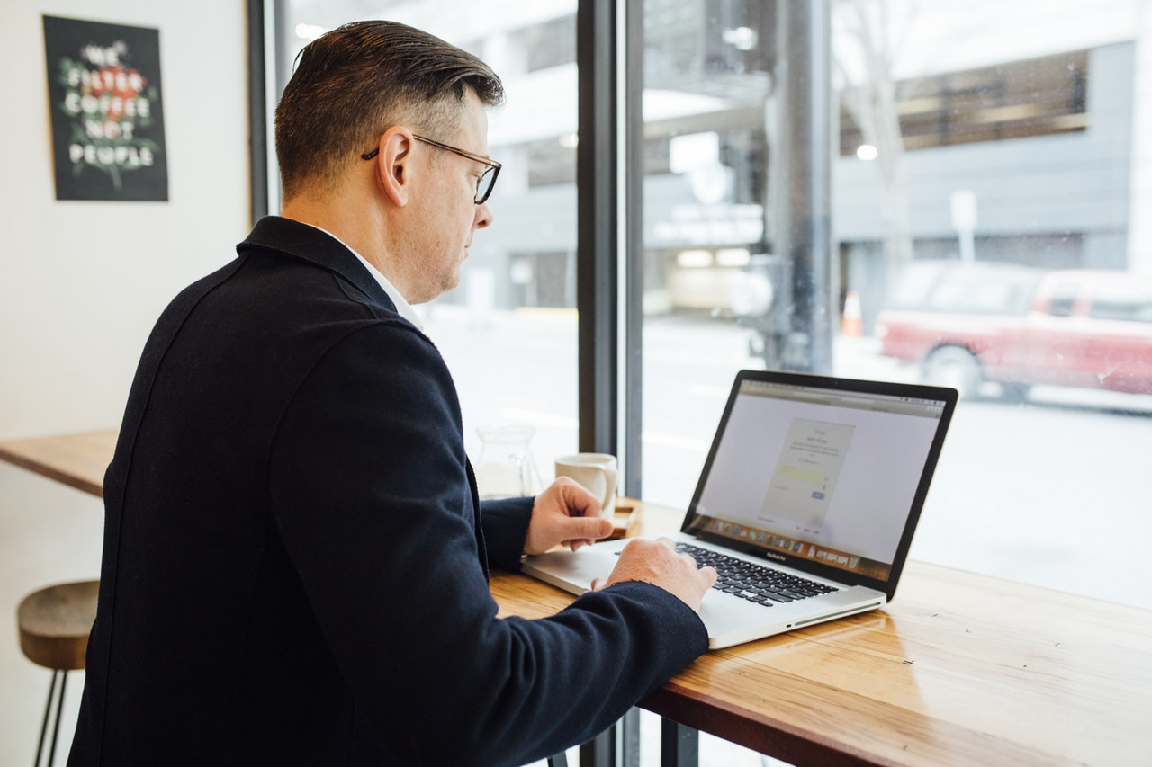 Are you looking for more ways to get ahead? Check our our tips for success while balancing your online insurance classes.